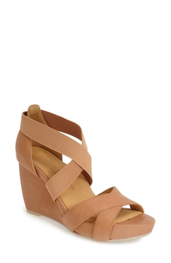 'Ineesa' Wedge Sandals by L'amour Des Pieds in Ballers