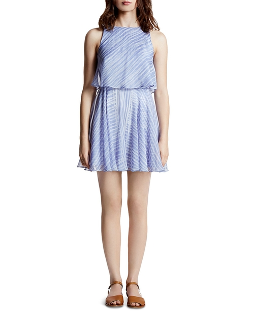 Printed Crinkle Chiffon Dress by Halston Heritage in Jane the Virgin