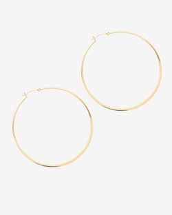 Large Hoop Earrings by Jennifer Zeuner in Scream Queens