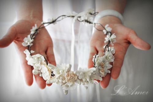 Starfish and Seashell Bridal Headpiece by Bonanza in Pretty Little Liars - Season 6 Episode 10
