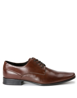 Brodie Plain Toe Oxford Shoes by Calvin Klein in Chi-Raq