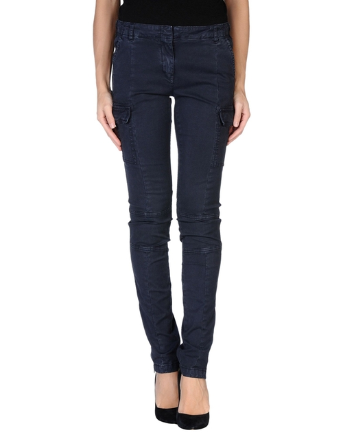 Casual Pants by Tommy Hilfiger in Maze Runner: The Scorch Trials