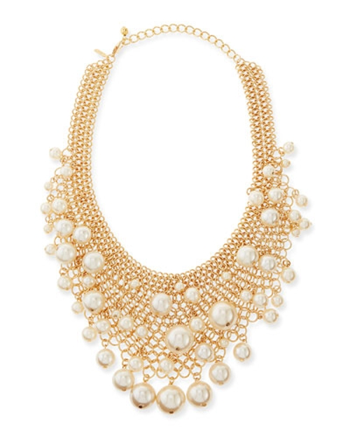 Gold-Plated Mesh Bib Necklace by Kenneth Jay Lane in The Second Best Exotic Marigold Hotel