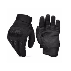 Combat Gloves by Reebow Tactical in The Fate of the Furious