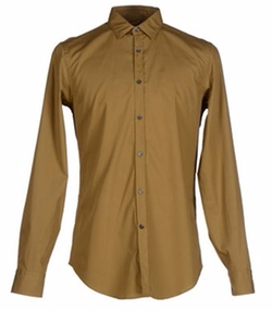 Button Down Shirt by Mauro Grifoni in War Dogs