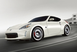 370Z Coupe by Nissan in Sleepless