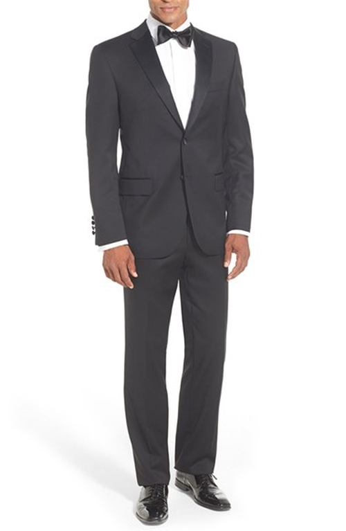 Classic Fit Loro Piana Wool Notch Lapel Tuxedo by David Donahue in A Very Murray Christmas