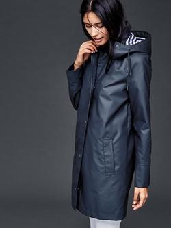 Essential Raincoat by Gap in Modern Family