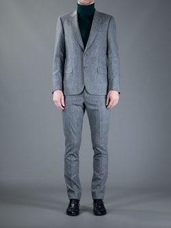 Two Button Suit by Paul Smith in The Good Wife