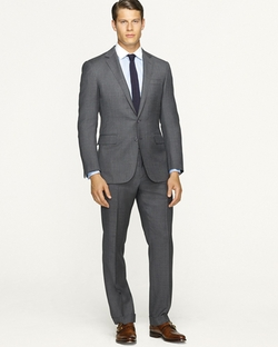 Anthony Sharkskin Suit by Ralph Lauren Black Label in The Good Wife