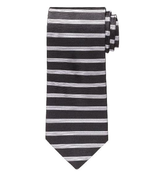 Horizontal Stripe Tie by Jos. A. Bank in The Wolf of Wall Street