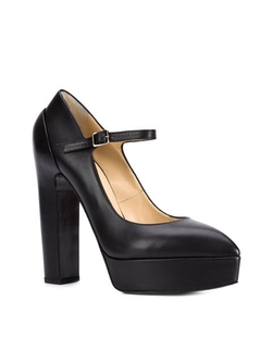 Platform Pumps by Vera Wang in American Horror Story