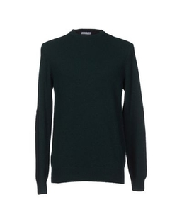 Sweater by James Graig in The Walk