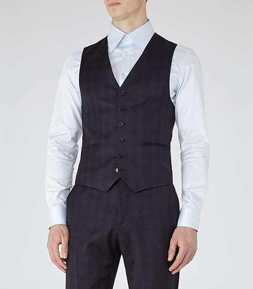 Checked Wool Waistcoat by Horatious W in Jessica Jones - Season 1 Episode 6
