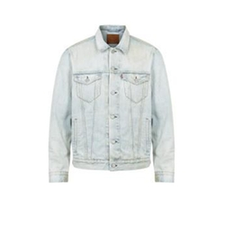 The Trucker Denim Jacket by Levi's in Keeping Up With The Kardashians