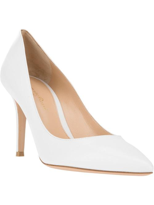 Classic Pointed Toe Pump by Gianvito Rossi in The Other Woman