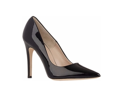 Viola Pumps by Barneys New York in Chelsea