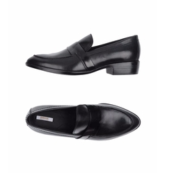 Leather Loafers by Geox in Stranger Things