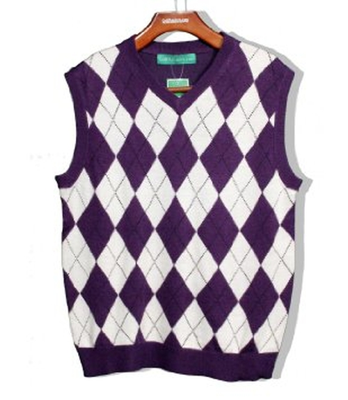 Argyle Sweater Vest by Golf Knickers in The Big Bang Theory - Season 9 Episode 3