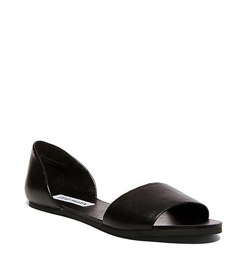 Open-Toe Flat Sandals by Steve Madden in Mean Girls