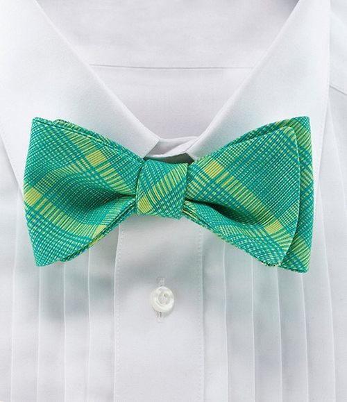 Largo Plaid Bow Tie by Ted Baker London in The Mindy Project - Season 4 Episode 1