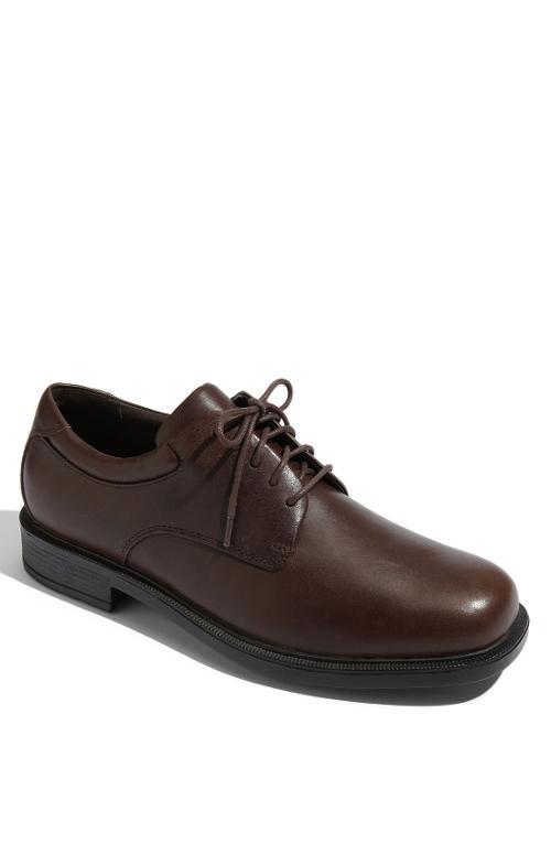 'Margin' Oxford by Rockport in Dumb and Dumber To