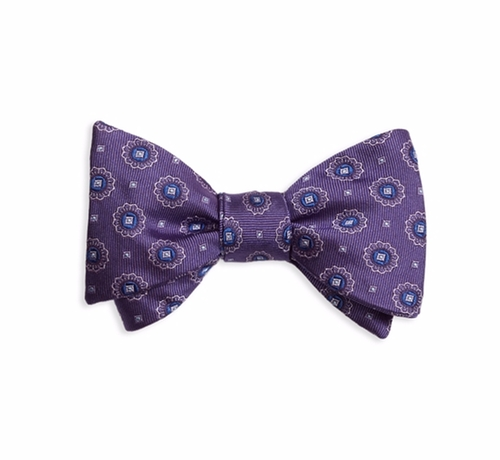 Spaced Medallion Bow Tie by Brooks Brothers in The Good Place - Season 1 Preview