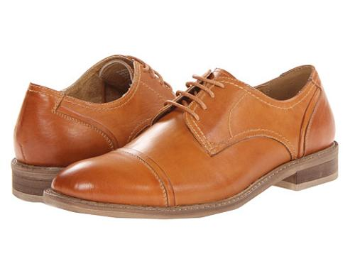 Rumerr Oxford shoes by Steve Madden in Anchorman 2: The Legend Continues