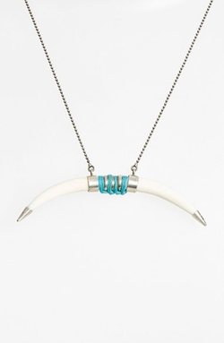 Horn Pendant Necklace by Chan Luu in Pretty Little Liars