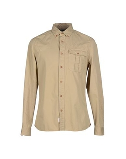 Button Down Shirt by Woolrich in The Flash
