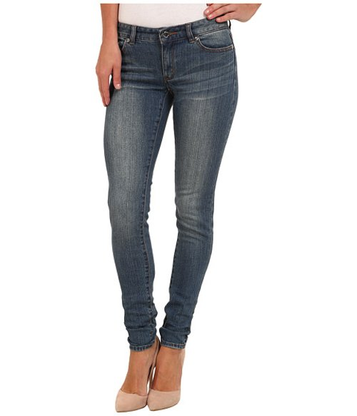 Medium Vintage Wash Skinny Jeans by Michael Kors in Pitch Perfect 2