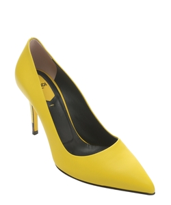 Decollet Stiletto Pumps by Fendi in Confessions of a Shopaholic