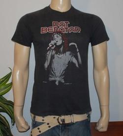 Vintage Black Rock Concert Tour T-Shirt by Pat Benatar in Chelsea