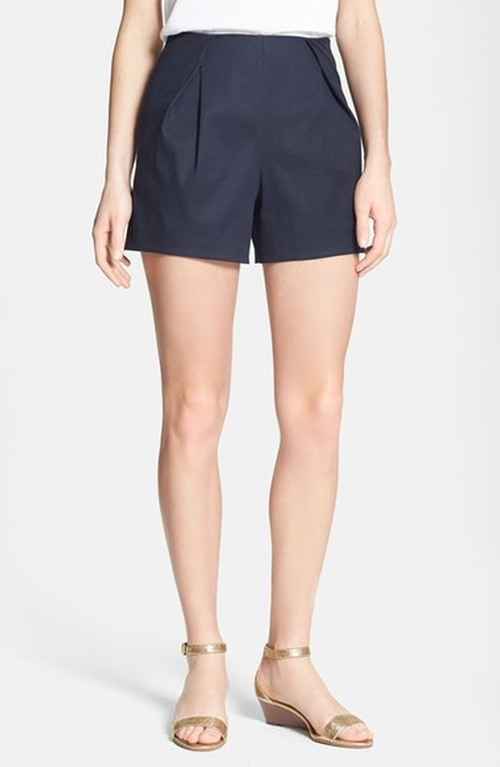 'Farrah' Pleat Front Shorts by Tory Burch  in Pretty Little Liars - Season 7 Episode 1