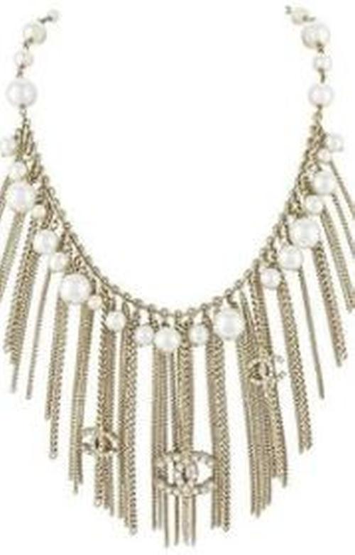Glass Pearl Metal Fringe Necklace Belt by Chanel  in Scream Queens - Season 2 Episode 1