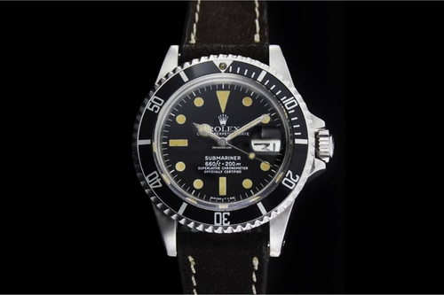 Leather Submariner Watch by Rolex in Mad Dogs -  Looks