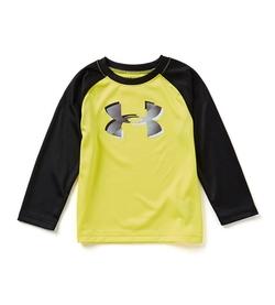 Drop Shadow Big Logo Raglan Tee by Under Armour in Black-ish
