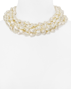 Faux Pearl Twist Necklace by Kenneth Jay Lane in The Good Wife