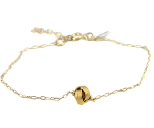 Eternity Knot Bracelet by Peggy Li in Pretty Little Liars - Season 6 Episode 17