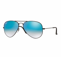 Ombre-Mirrored Aviator Sunglasses by Ray-Ban in Keeping Up With The Kardashians