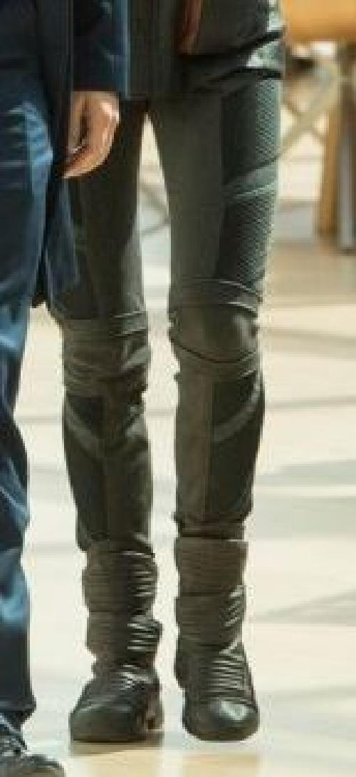 Custom Made Tris Prior 'Dauntless' Pants by Carlo Poggioli (Costume Designer) in Divergent