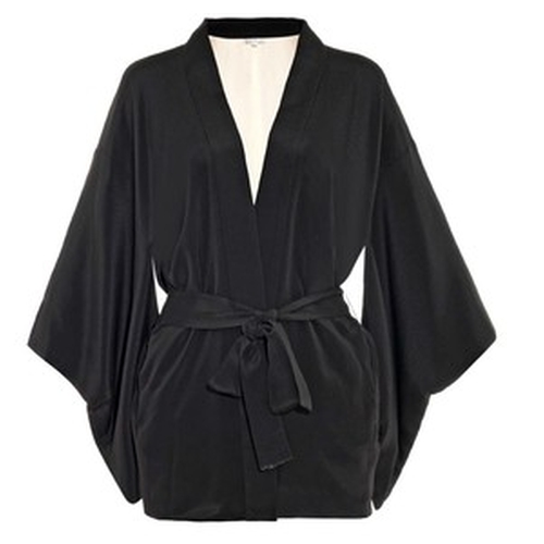 Haori Silk Kimono Robe by Fleur Du Mal in Keeping Up With The Kardashians - Season 11 Episode 2