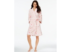 Super Soft Short Floral Robe by Charter Club in The Big Bang Theory