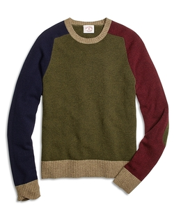 Fun Crewneck Sweater by Brooks Brothers in Scream Queens