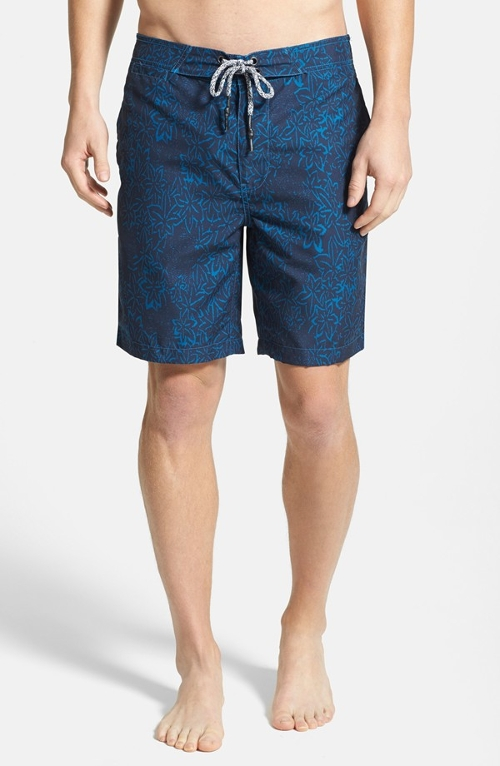 'Hawaiian Print' Board Shorts by Surfside Supply in Magic Mike XXL