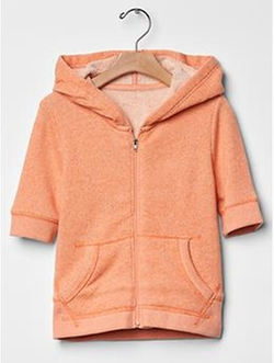 Marled Short-Sleeve Hoodie by Gap in American Horror Story