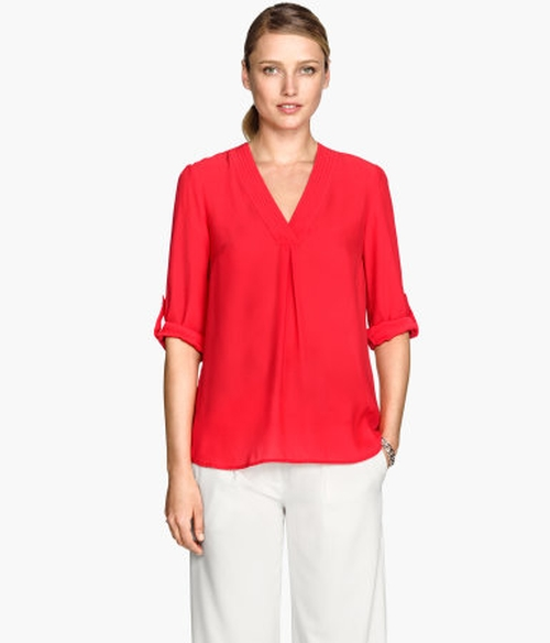 V-Neck Blouse by H&M in Sex and the City