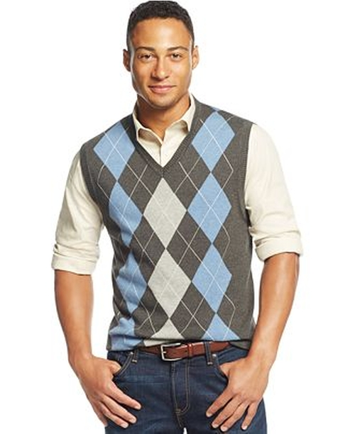 Cotton Argyle Vest by Club Room in The Big Bang Theory - Season 9 Episode 7