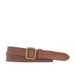 Distressed Leather Belt by J. Crew in Pitch Perfect 2