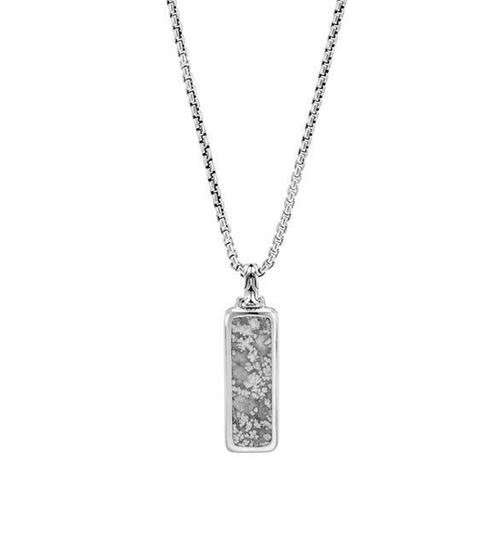 Chain Calcite & Silver Dog Tag Necklace by John Hardy in xXx: Return of Xander Cage